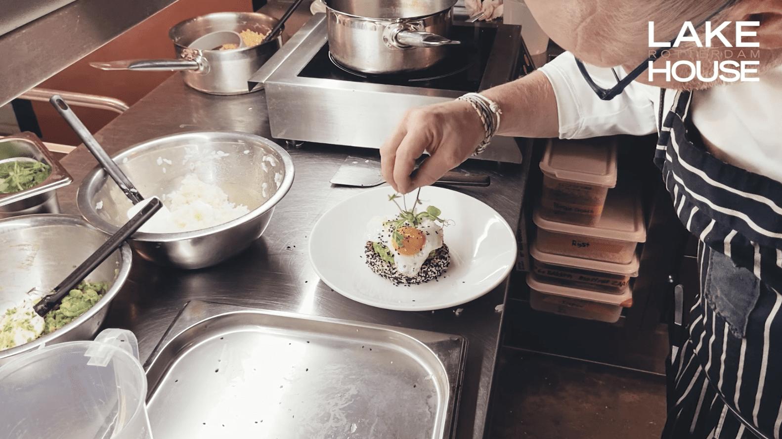 Recept: Bento met avocado en ei